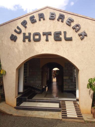 Superbreak Hotel, Kiminini