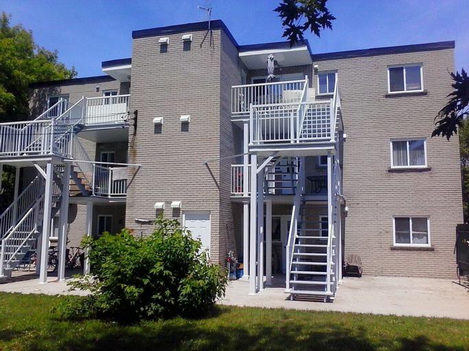 3 bedroms Apartment Hotel, Champlain