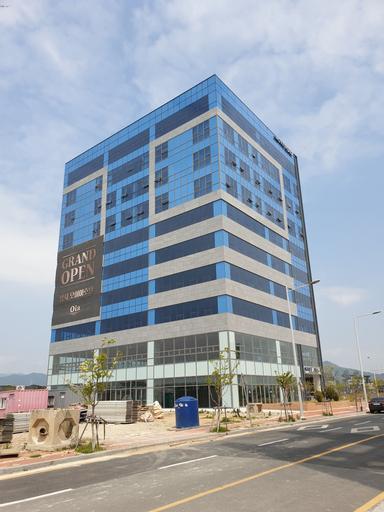 Oia Hotel, Gangseo