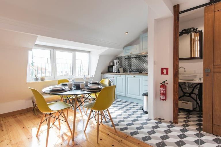 Sunny Studio in City Center, Lisboa