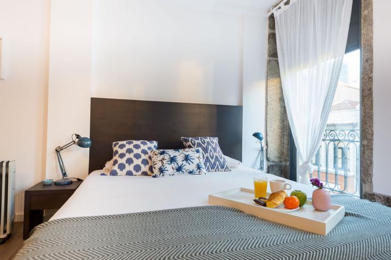 Trind4 · Samasal Trindade Apartments #4 Next to Aliados, Porto