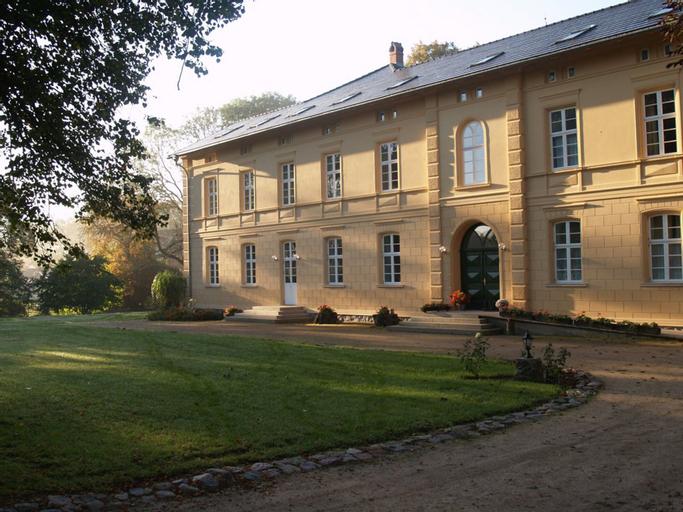 Landhaus Schloss Kolzow, Vorpommern-Rügen