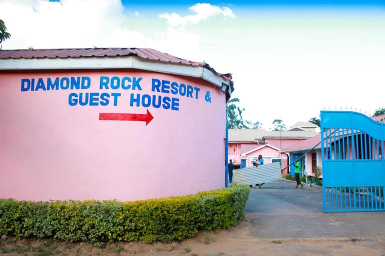 Diamond Rock Resort & Guest House, Lurambi