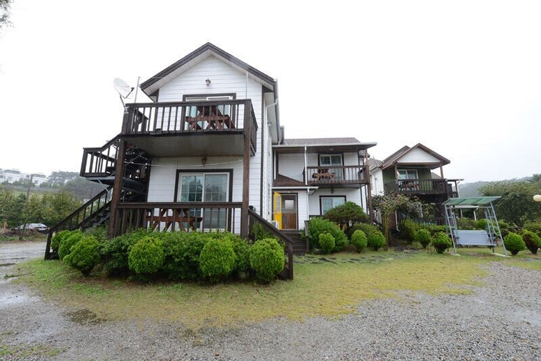 Anmyeondo Pinetree Villa Pension, Taean