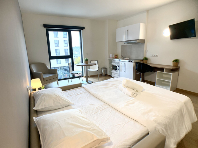 Modern Studio + Gym & Shopping Mall 5 Min Walk, Esch-sur-Alzette
