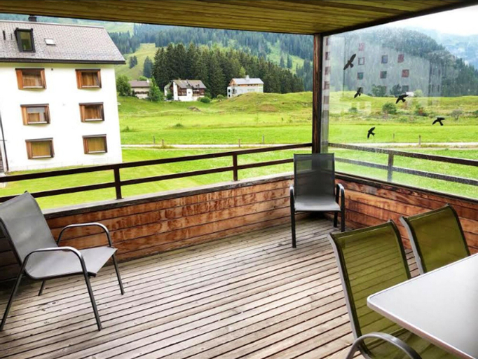 Apartment With 3 Bedrooms in Parpan, With Wonderful Mountain View, Furnished Balcony and Wifi - 200 m From the Slopes, Plessur