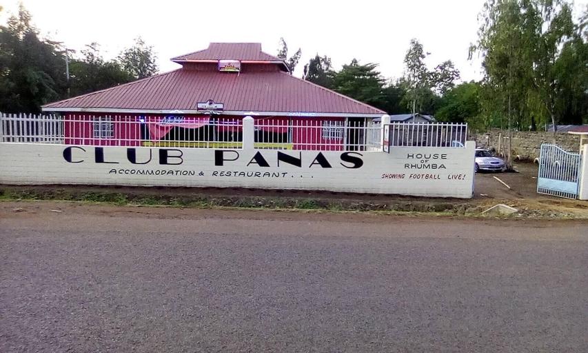 Club Panas, Bondo