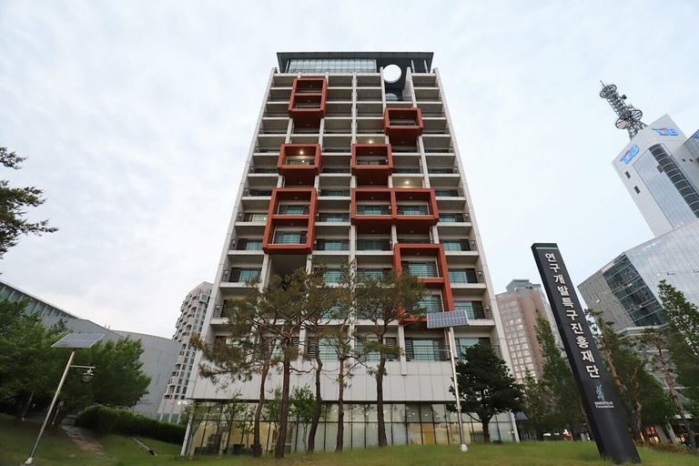 Daejeon I-Hotel, Daedeok