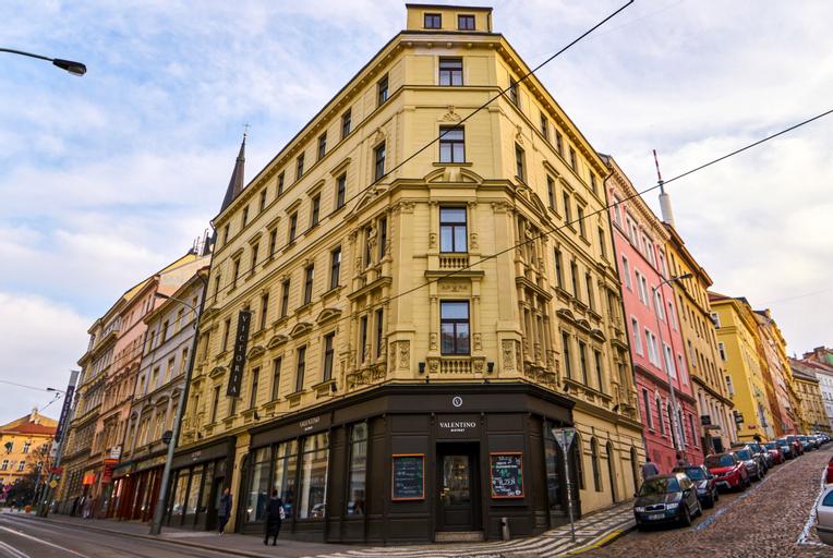 Hotel Victoria, Praha 8