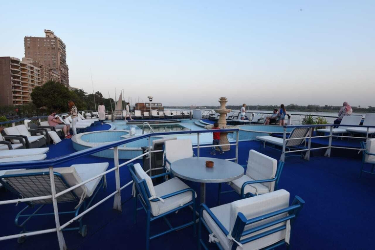 Diamond ship Hotel, Al-Ma'adi