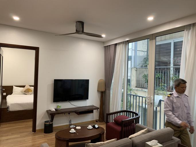 OYO 906 Saka Residences, Ba Đình