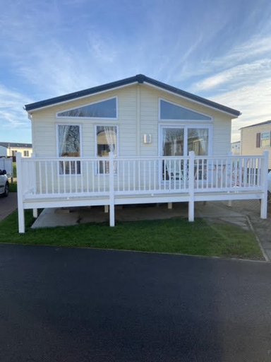 Impeccable 2-bed Lodge in Whitley Bay, North Tyneside