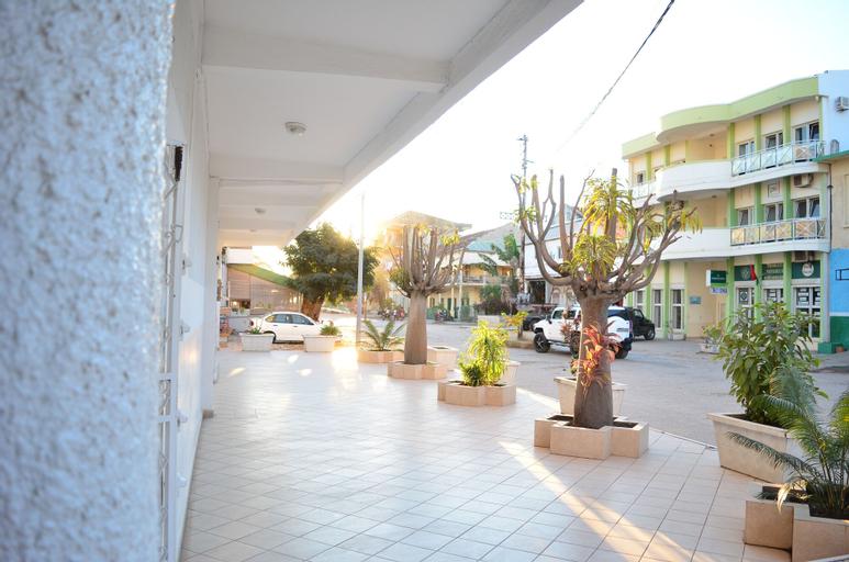 Hotel Akbar, Boeny