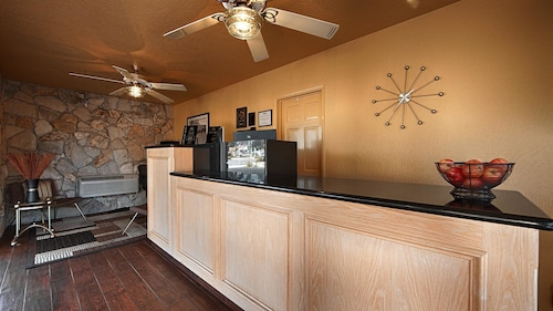 Best Western Pine Tree Motel, San Bernardino