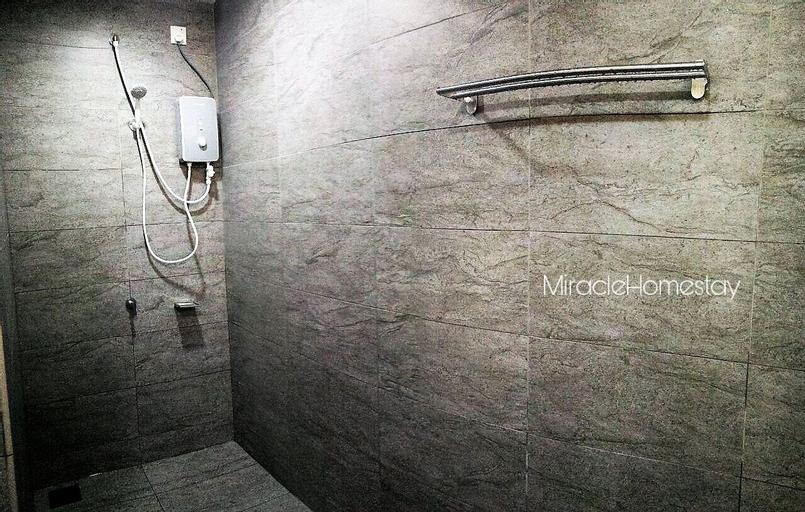 Miracle Homestay Woodsbury Suites, Seberang Perai Utara
