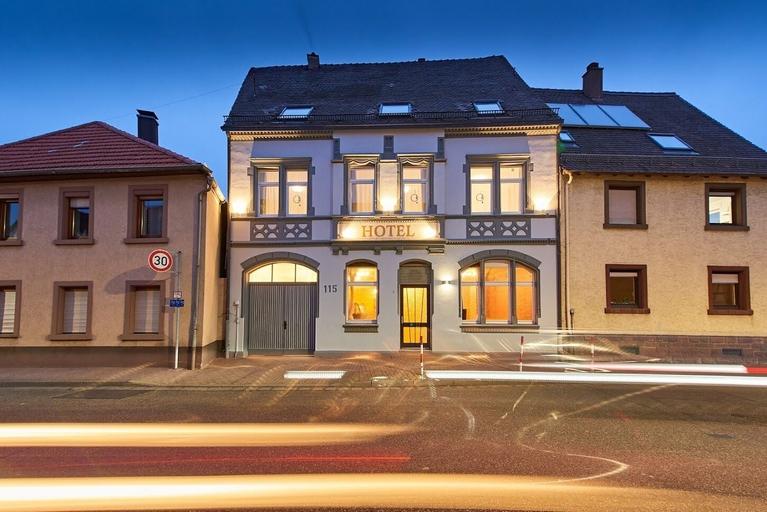 Hotel Phoenix, Karlsruhe