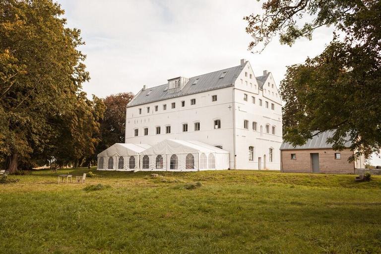 Gutshaus Üselitz, Vorpommern-Rügen