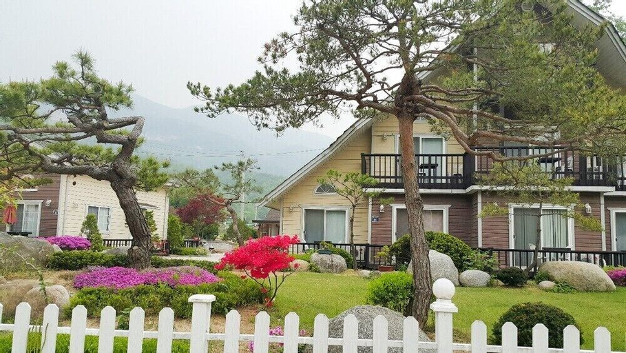 Forest Pension, Pocheon