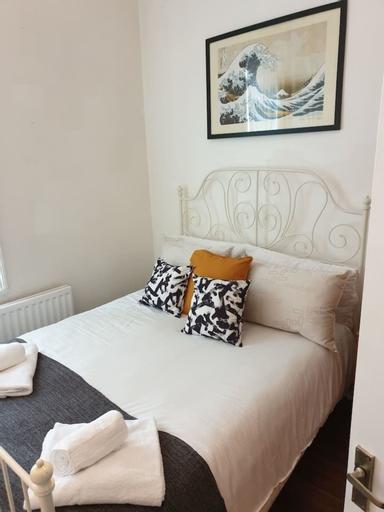 South Shield's Hidden Gem Garnet 3 Bedroom Apartme, South Tyneside