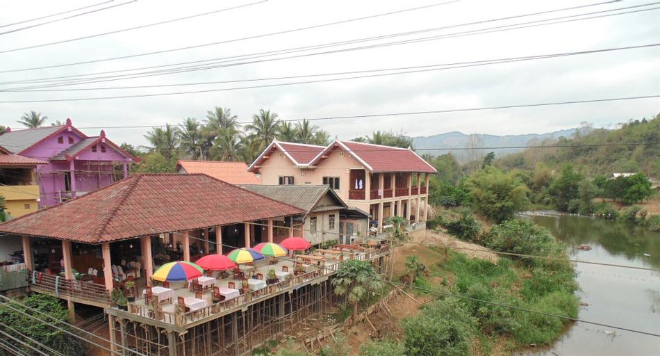 Saynambak Riverside Guest House, Nambak