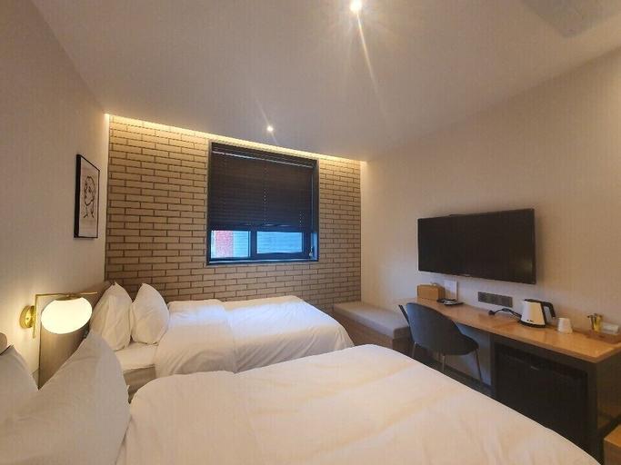 Seven Bricks Hotel, Gwangyang