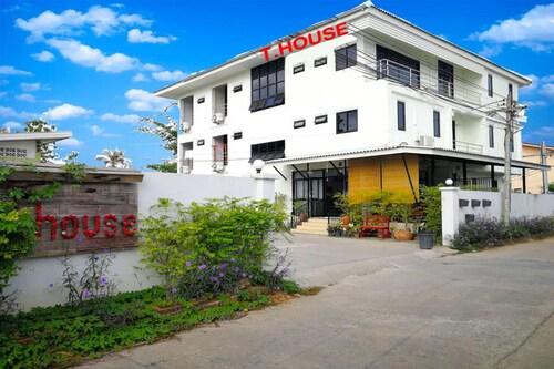 T.House Mae Sot, Mae Sot