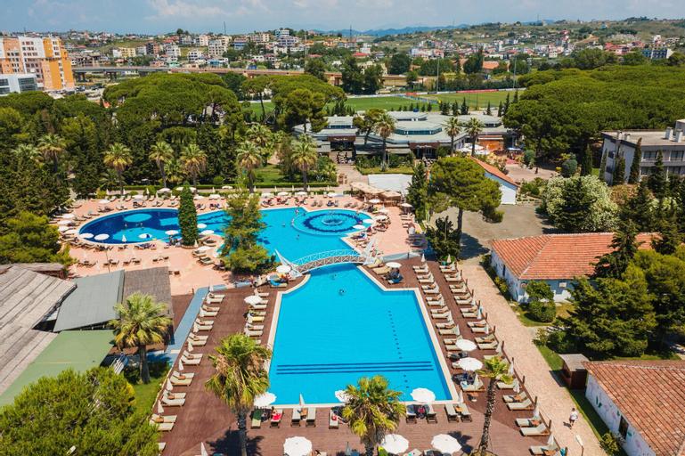 Tropikal Resort, Durrësit