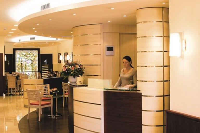 Hotel Terminus Montparnasse, Paris