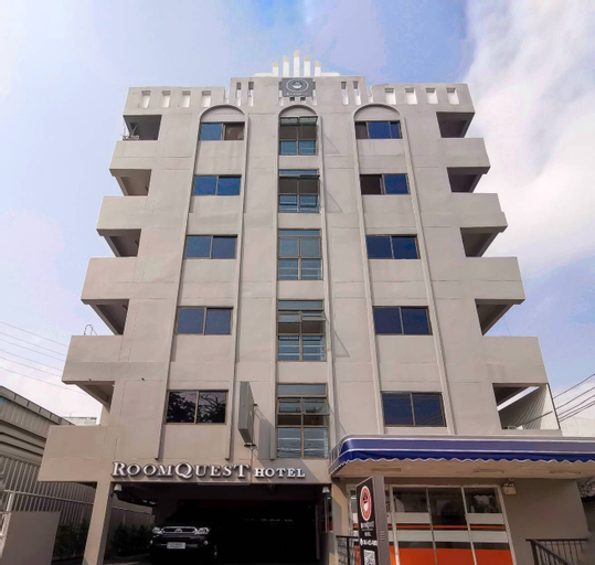 RoomQuest Ratchada MRT Suttisan, Huai Kwang