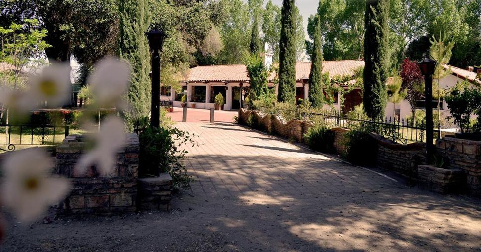 Hacienda Santa Veronica, Tecate