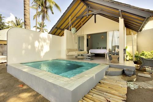 Lilin Lovina Beach Hotel, Buleleng