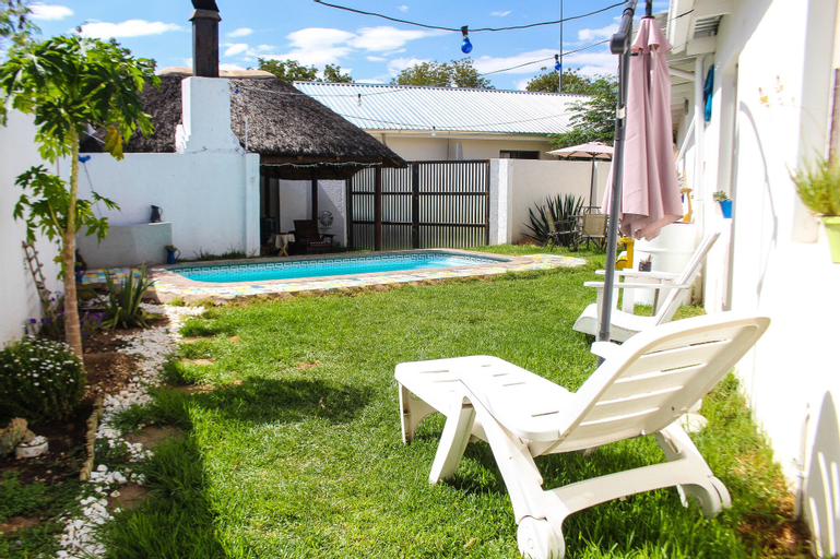 Kate's Nest Guesthouse, Windhoek West