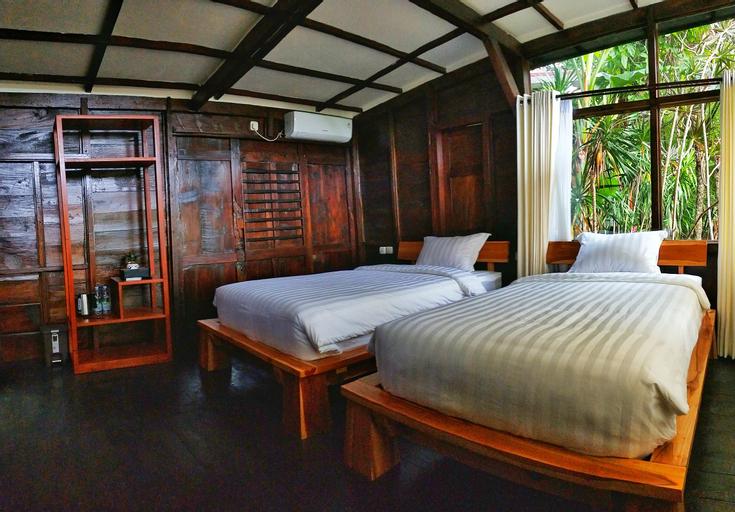 Maniva Particael Resort, Malang