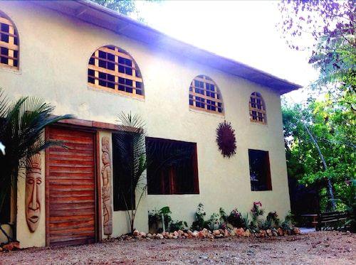 Cacao Rainforest Lodge,