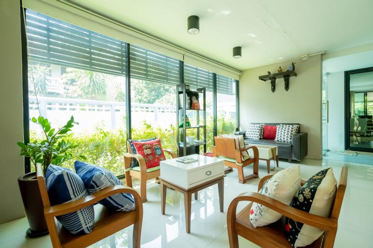 The Vert Apartment, Bang Khen