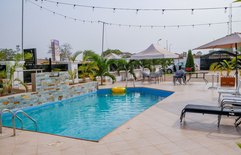Candice serviced Apartment, Sunyani
