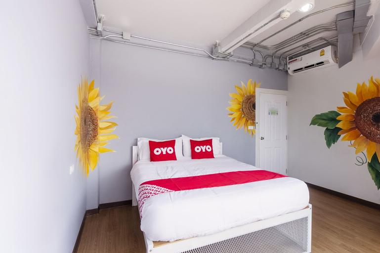 OYO 705 Hostel@seatzstation, Chatuchak
