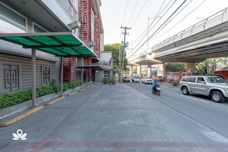 Hotel 878 Libis, Quezon City