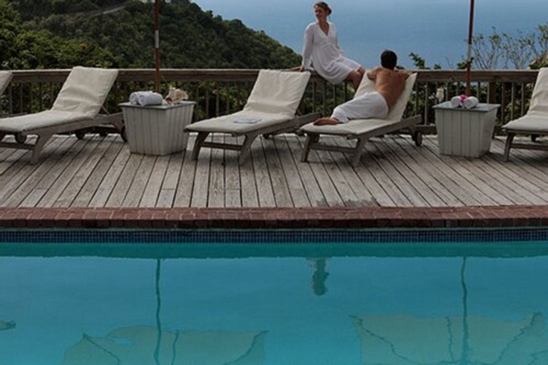 Queen's Garden Resort & Spa,