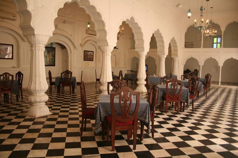 Aamod Mudfort Kuchesar, Bulandshahr