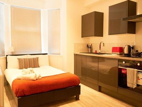 Unity House Serviced Apartments, Luton