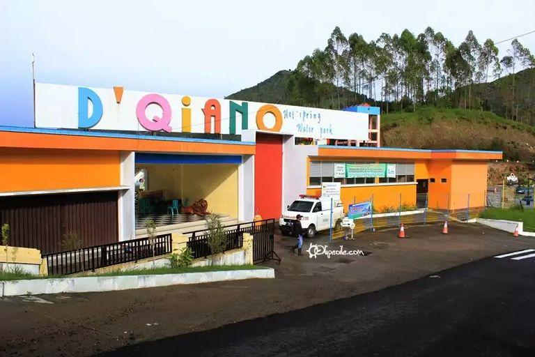 Hotel D'Qiano Hot Spring Waterpark, Banjarnegara