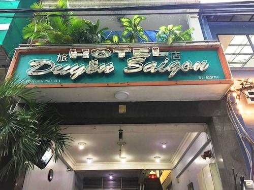 Duyen Sai Gon Hotel, Quận 1
