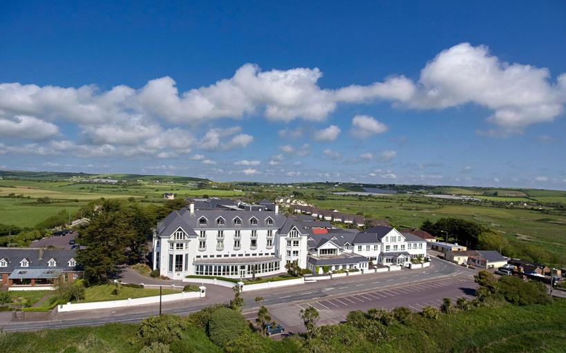 Garryvoe Hotel,