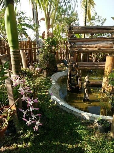 Huanmaisakngam Resort, San Kamphaeng