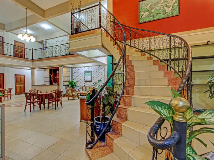 OYO 3379 Hotel Khatulistiwa, Singkawang