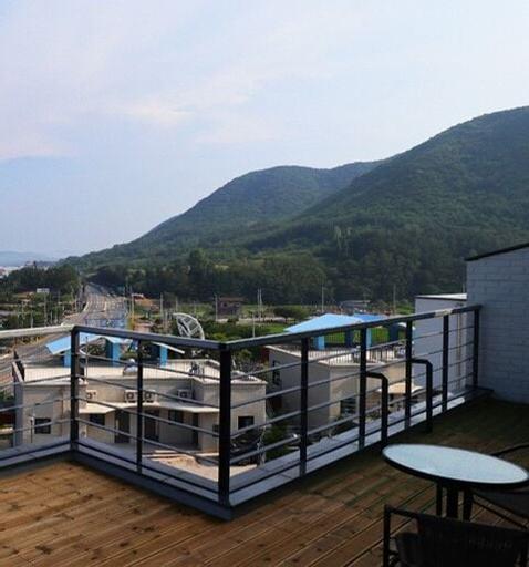 Dalbit (Blue Road Town Pension), Yeongdeok