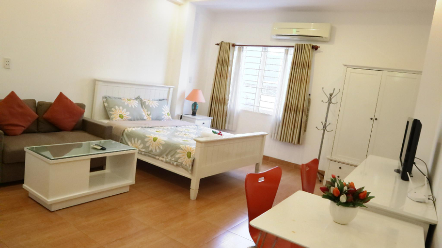 Smiley Apartment 3- 402 Seviced studio with window, Quận 1