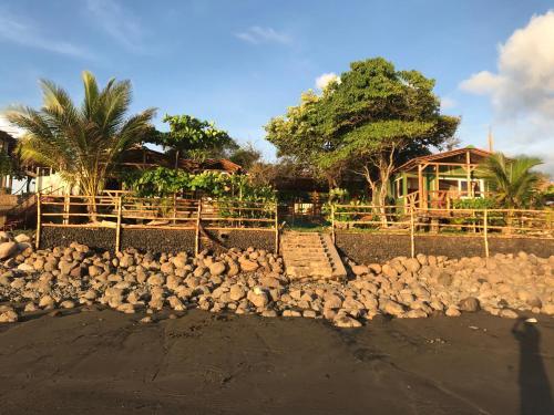 El Marabu Surf Resort, El Viejo