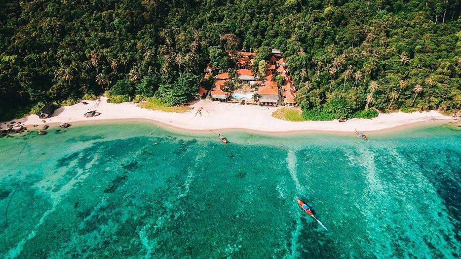 Adang Island Resort, Muang Satun